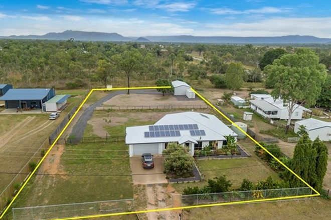 Picture of 4 Blackstar Place, BLACK RIVER QLD 4818