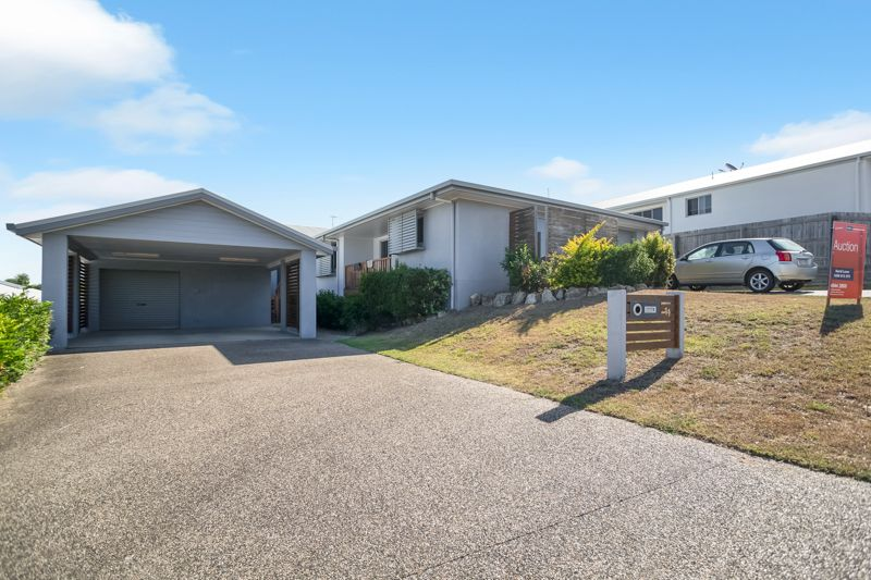 11 Douglas Crescent, Rural View QLD 4740, Image 0