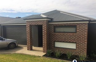 Picture of 22 Viewgrand Drive, Pakenham VIC 3810