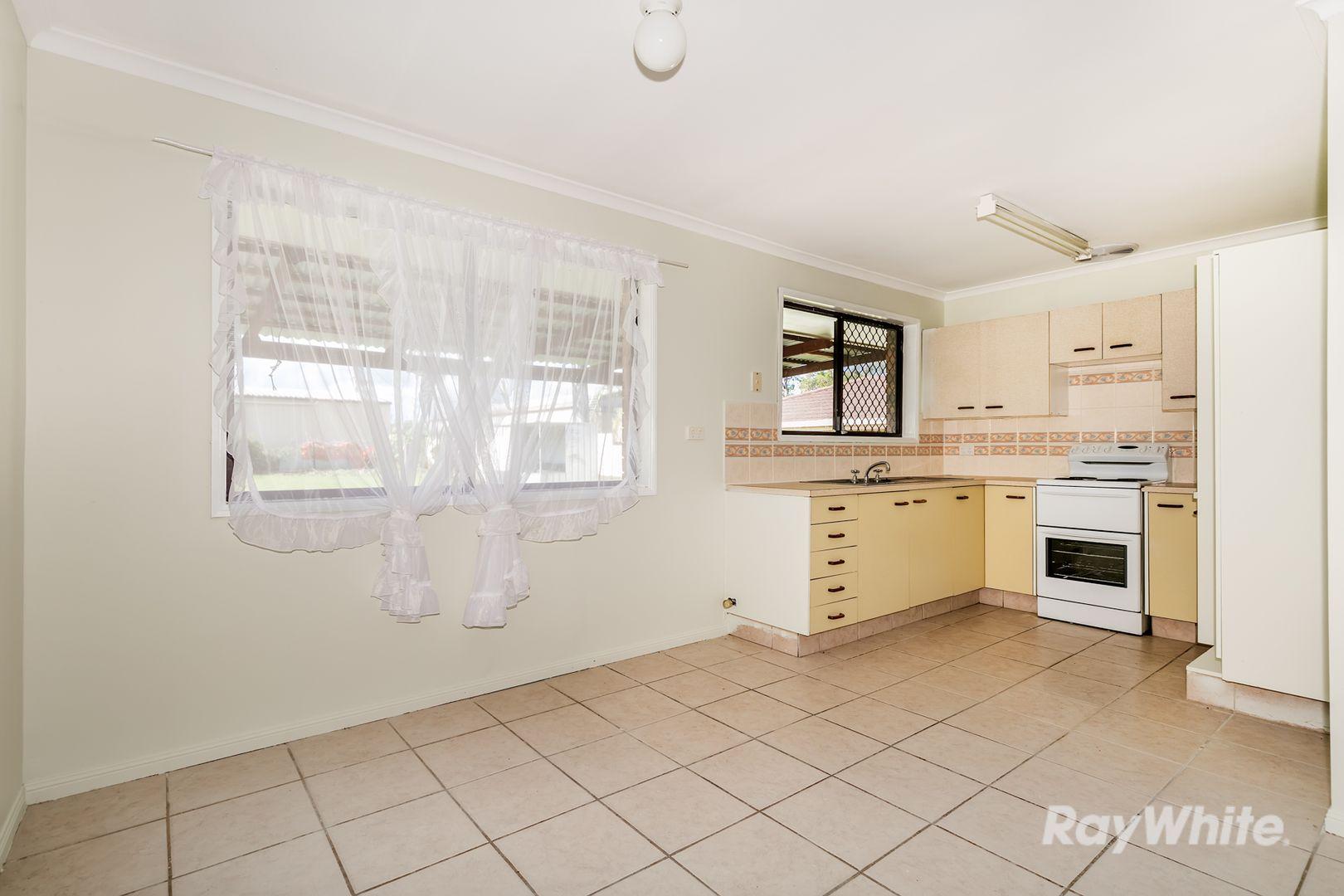 28 Moore Street, Loganlea QLD 4131, Image 2