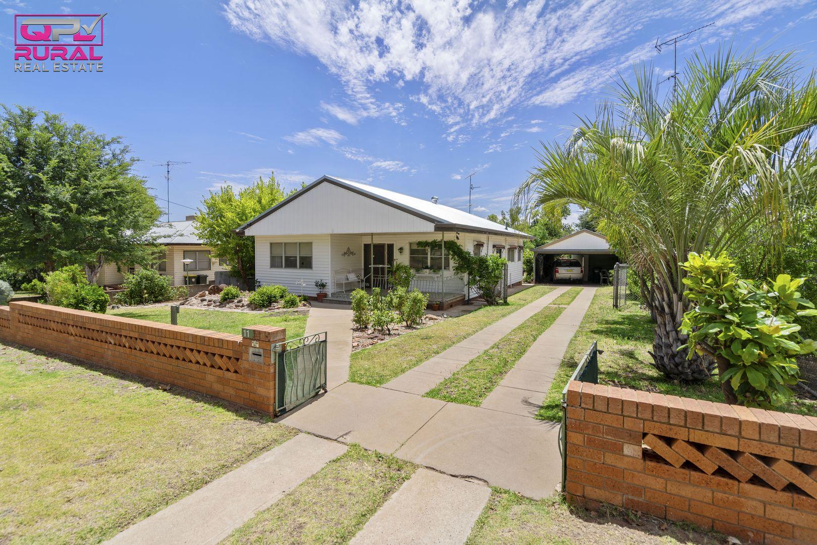 11 Larmer Street, Narrandera NSW 2700, Image 1