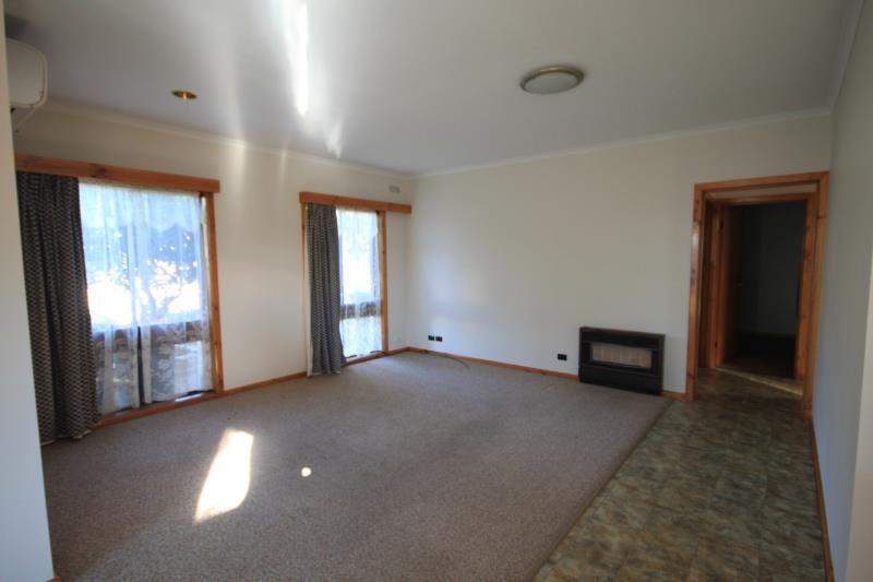 2/2 Sloan Street, Wangaratta VIC 3677, Image 1
