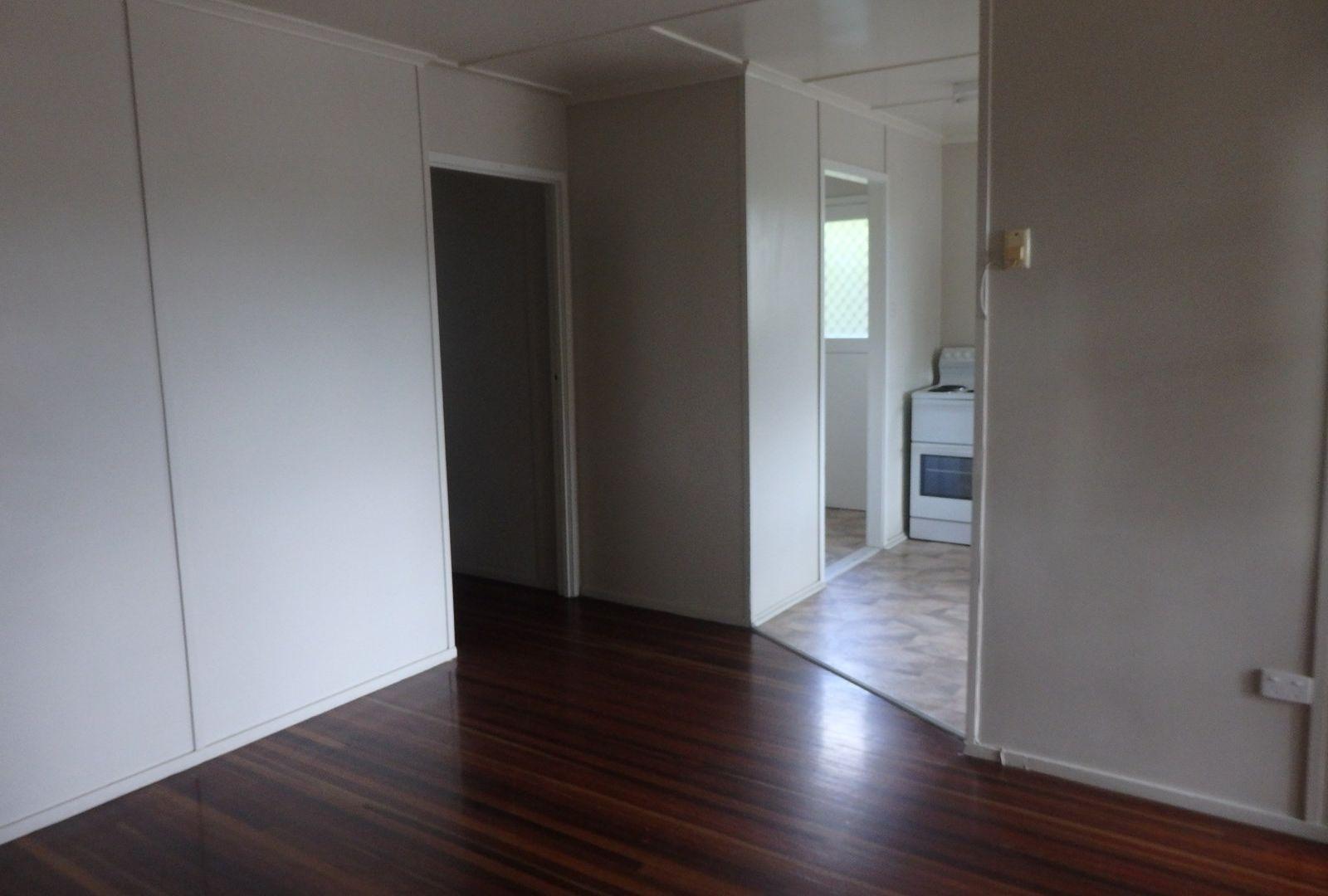 55 Littlefield St, Blackwater QLD 4717, Image 2