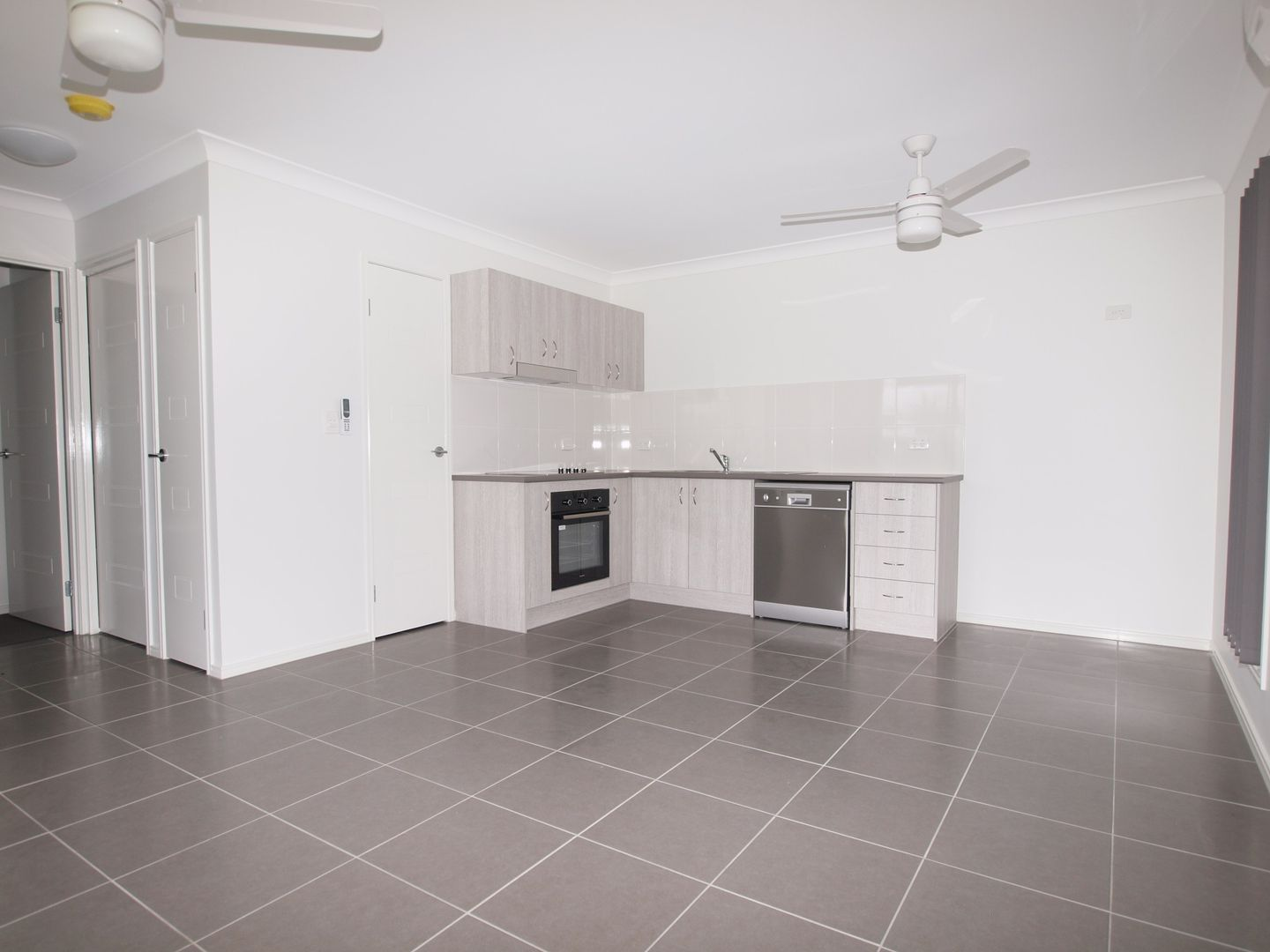 2/27 Kello Court, Caboolture QLD 4510, Image 1