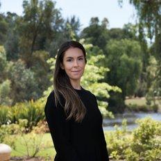 Amy Arthur, Sales representative