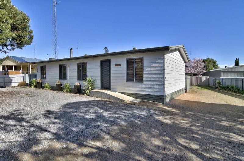 33 Moontana Avenue, Moonta Bay SA 5558, Image 1