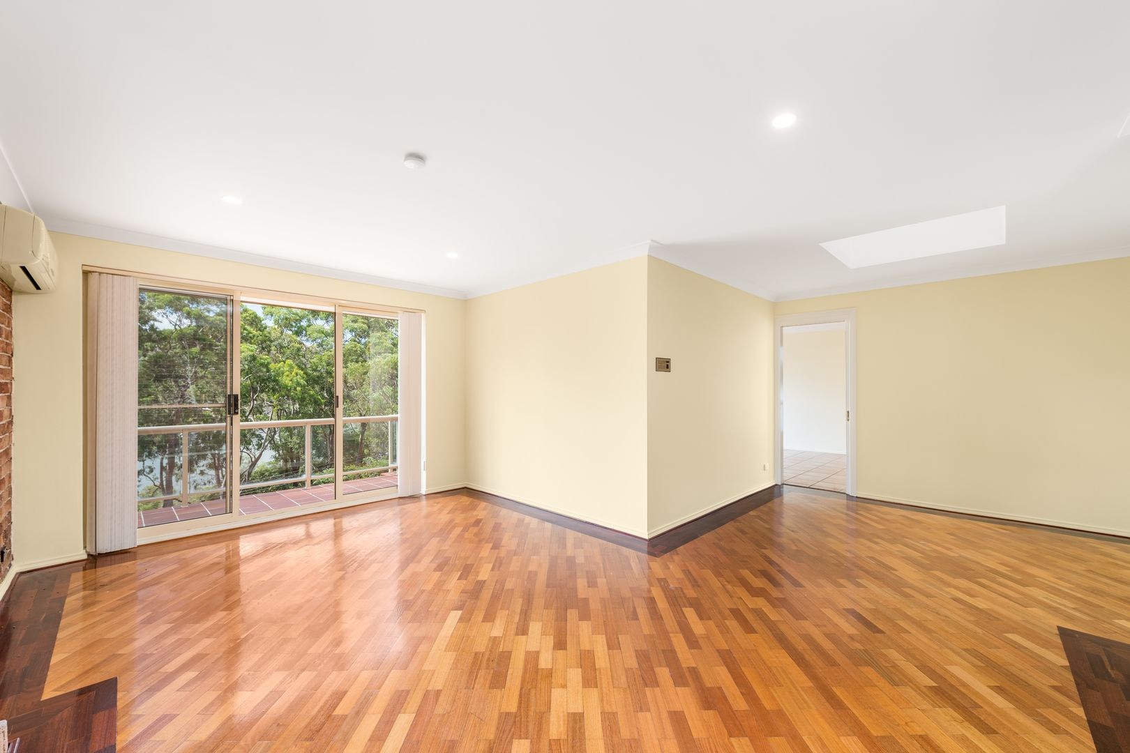12 Valley Road, Padstow Heights NSW 2211, Image 2
