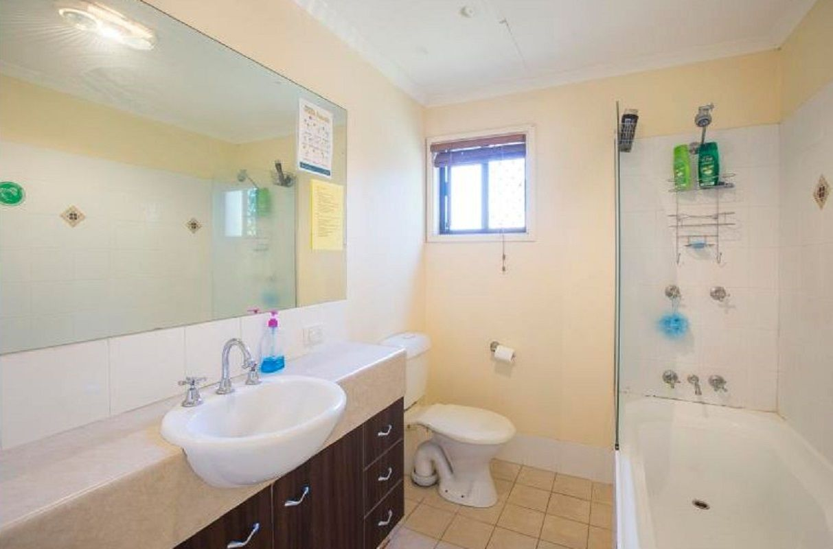 6. Salmon St, Southport QLD 4215, Image 2