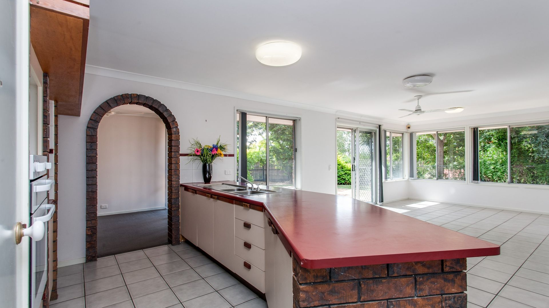 4 Lalina Street, Middle Park QLD 4074, Image 1