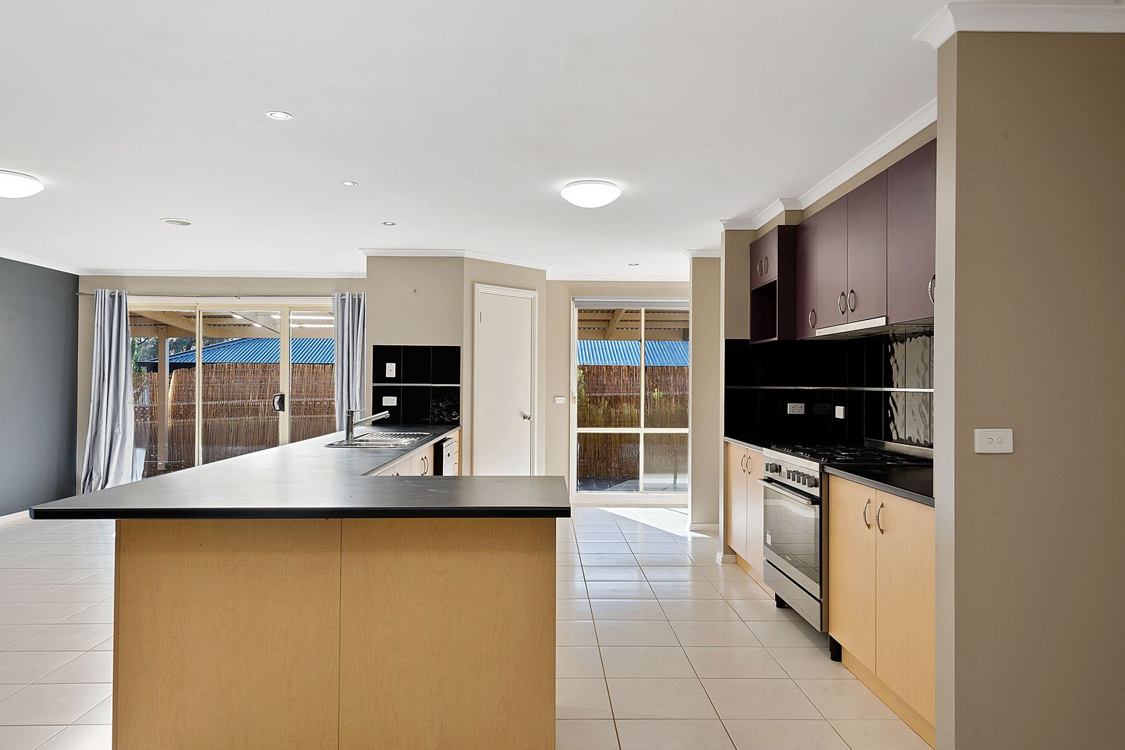 22 Poorinda Crescent, Kangaroo Flat VIC 3555, Image 2