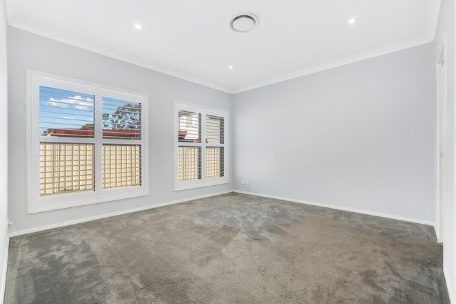 Picture of 3/73 Piccadilly Street, RIVERSTONE NSW 2765