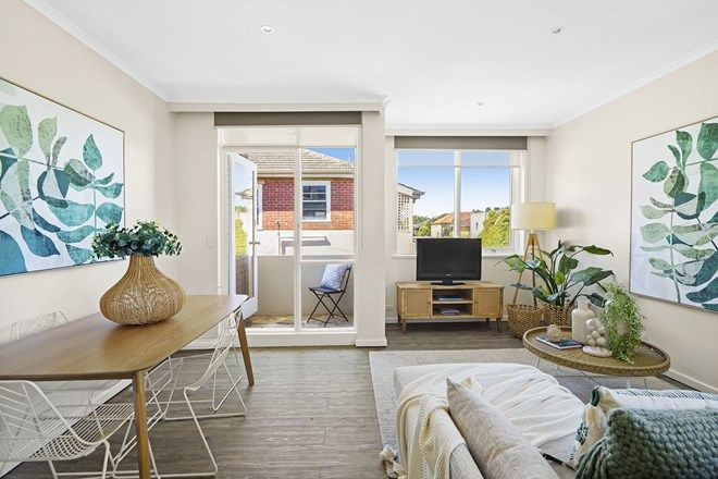Picture of 5/29 Pine Avenue, ELWOOD VIC 3184