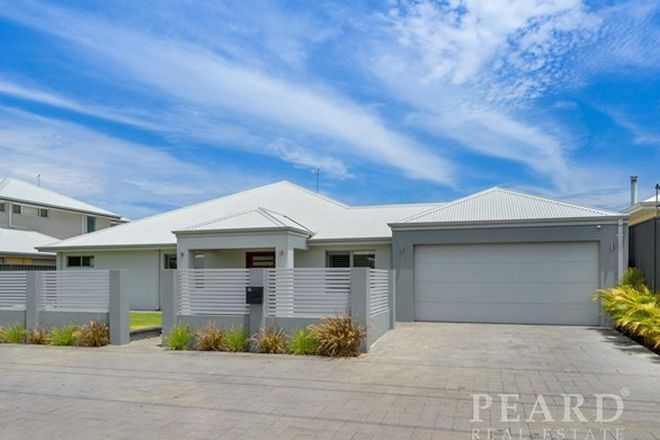 Picture of 14 Backshall Place, WANNEROO WA 6065