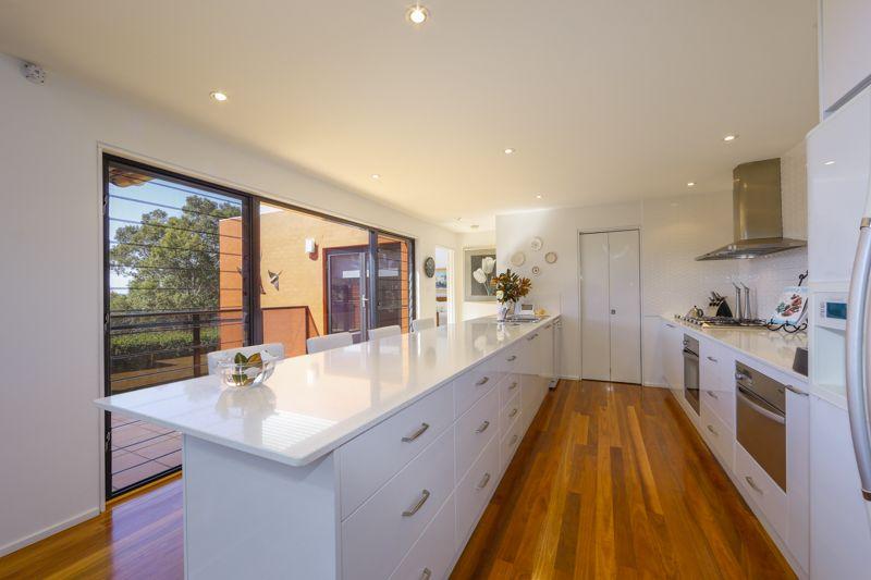 58 Yarrabee Drive, Batemans Bay NSW 2536, Image 2