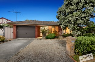 Picture of 10 Wilmott Close, Berwick VIC 3806