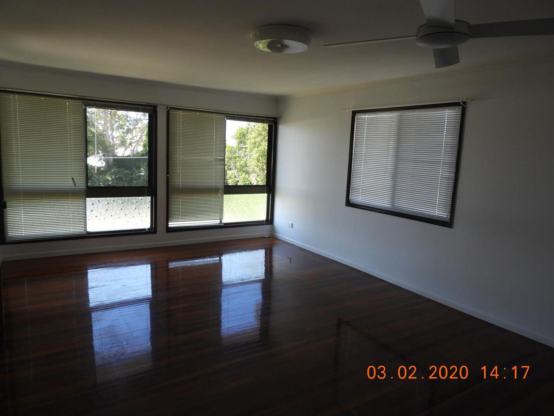 49 Hutton Avenue, Wynnum QLD 4178, Image 2