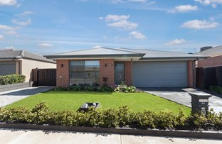 Picture of 24 Golf Links Drive, Beveridge VIC 3753