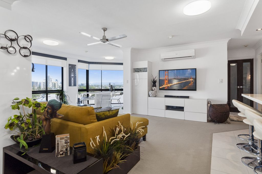 1110/70 Remembrance Dr, Surfers Paradise QLD 4217, Image 2