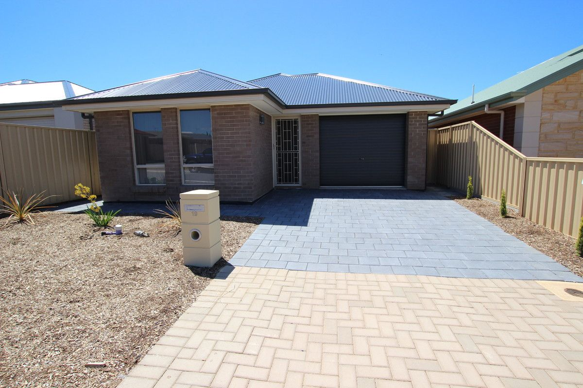 19 Ship Street, Seaford Meadows SA 5169, Image 0
