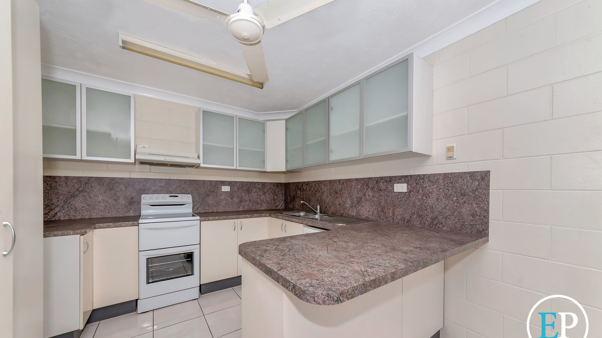 2/49 First Avenue, Railway Estate QLD 4810, Image 2