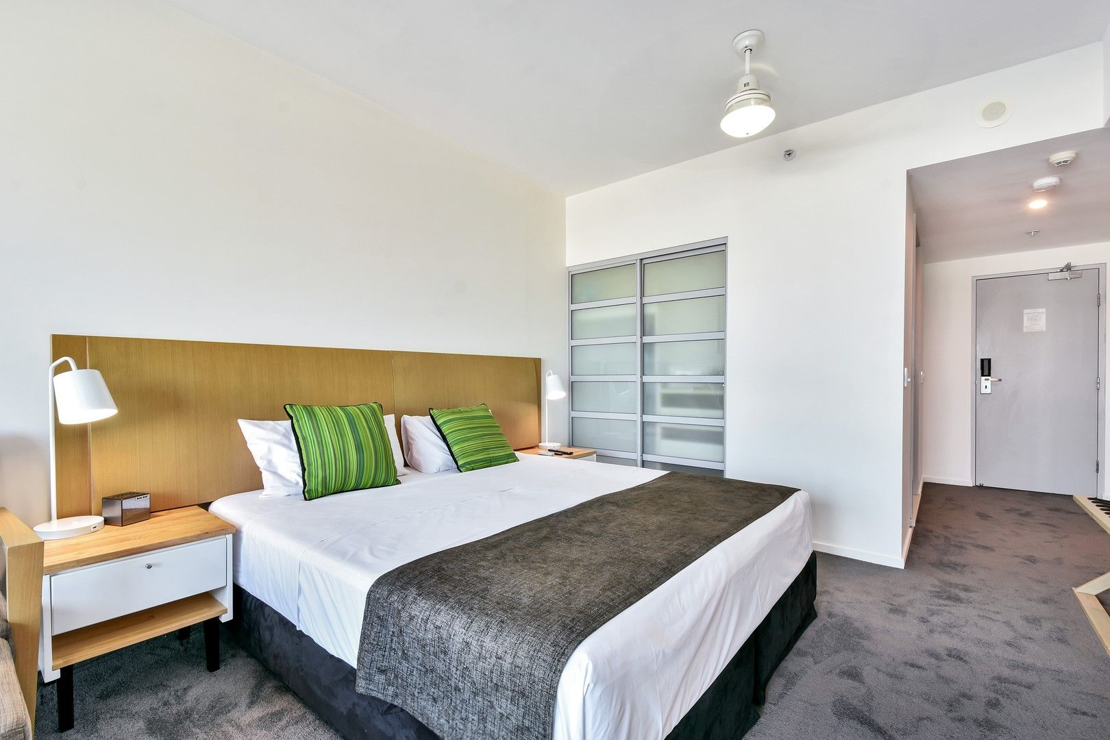 1 bedrooms Apartment / Unit / Flat in 1517/43 Knuckey Street DARWIN CITY NT, 0800