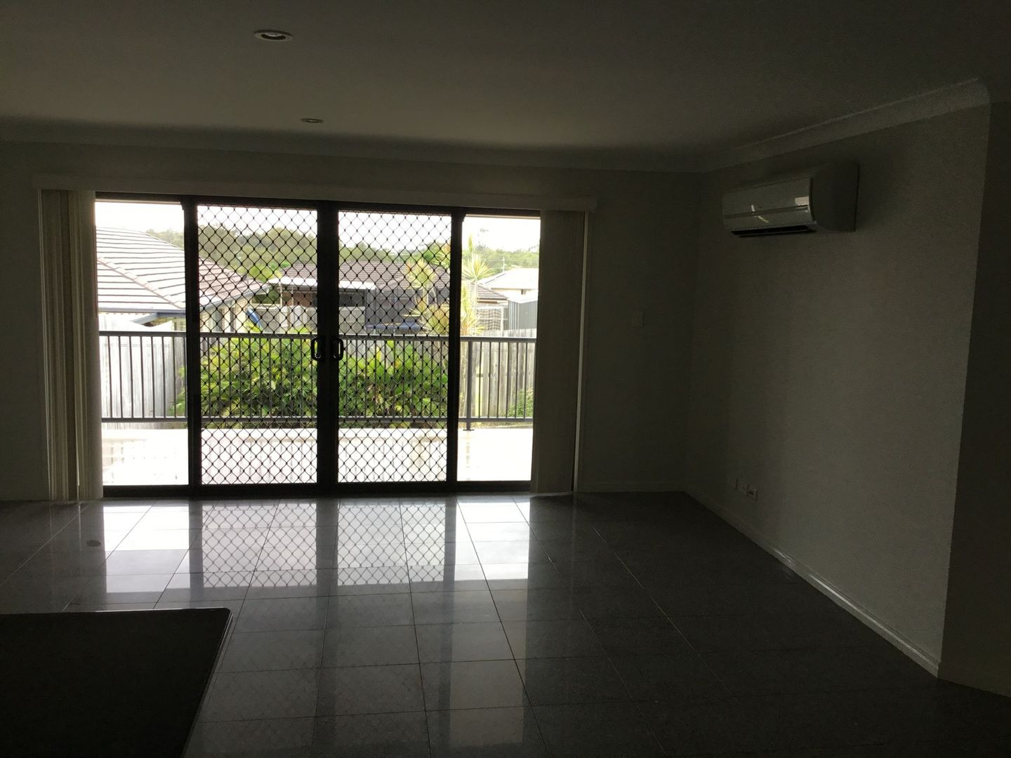 1/20 Charlton  Place, Regents Park QLD 4118, Image 1