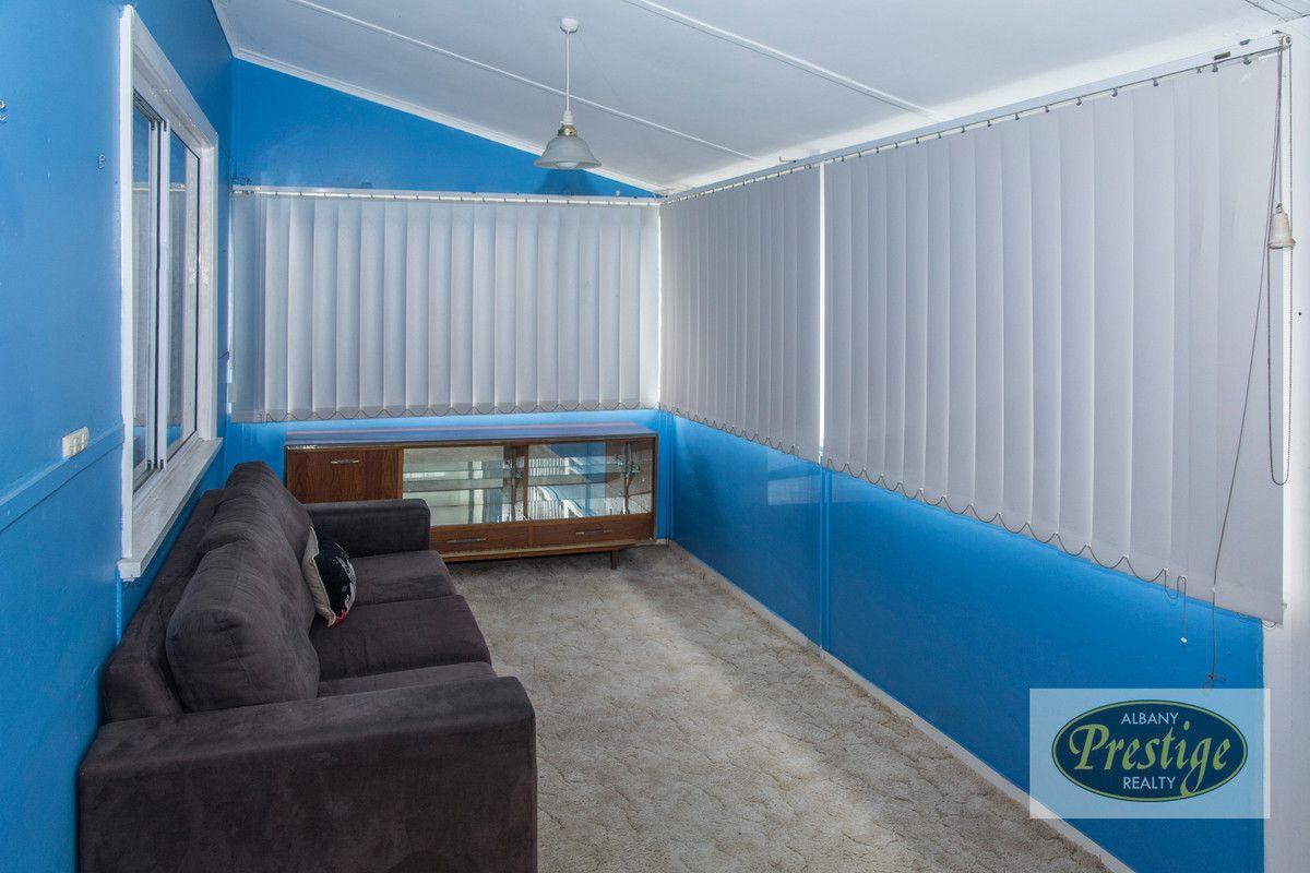 6 Sinclair Street, Lockyer WA 6330, Image 1