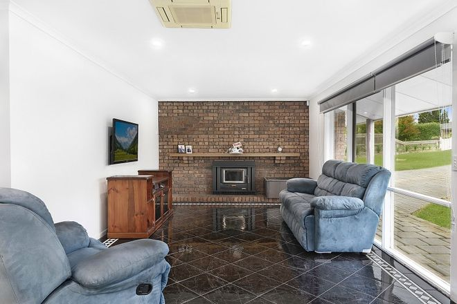 Picture of 9 Springhurst Crescent, GROVEDALE VIC 3216