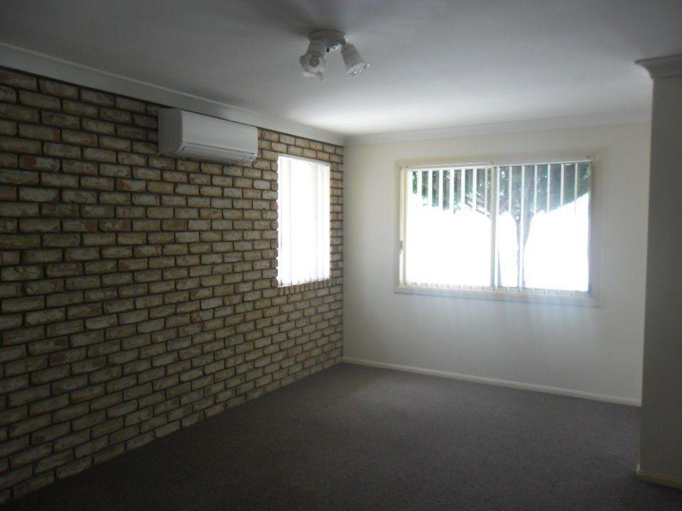 2/10 Dragon Street, Warwick QLD 4370, Image 2