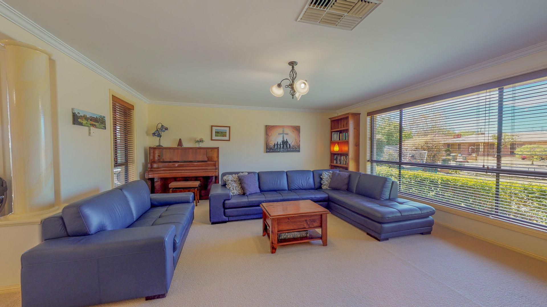 46 Castlereagh Avenue, Dubbo NSW 2830, Image 1