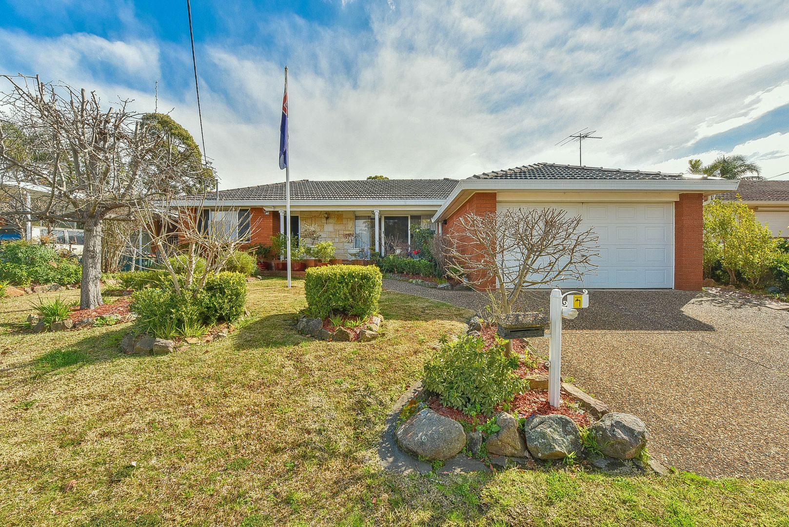 17 Manning Street, Campbelltown NSW 2560, Image 0