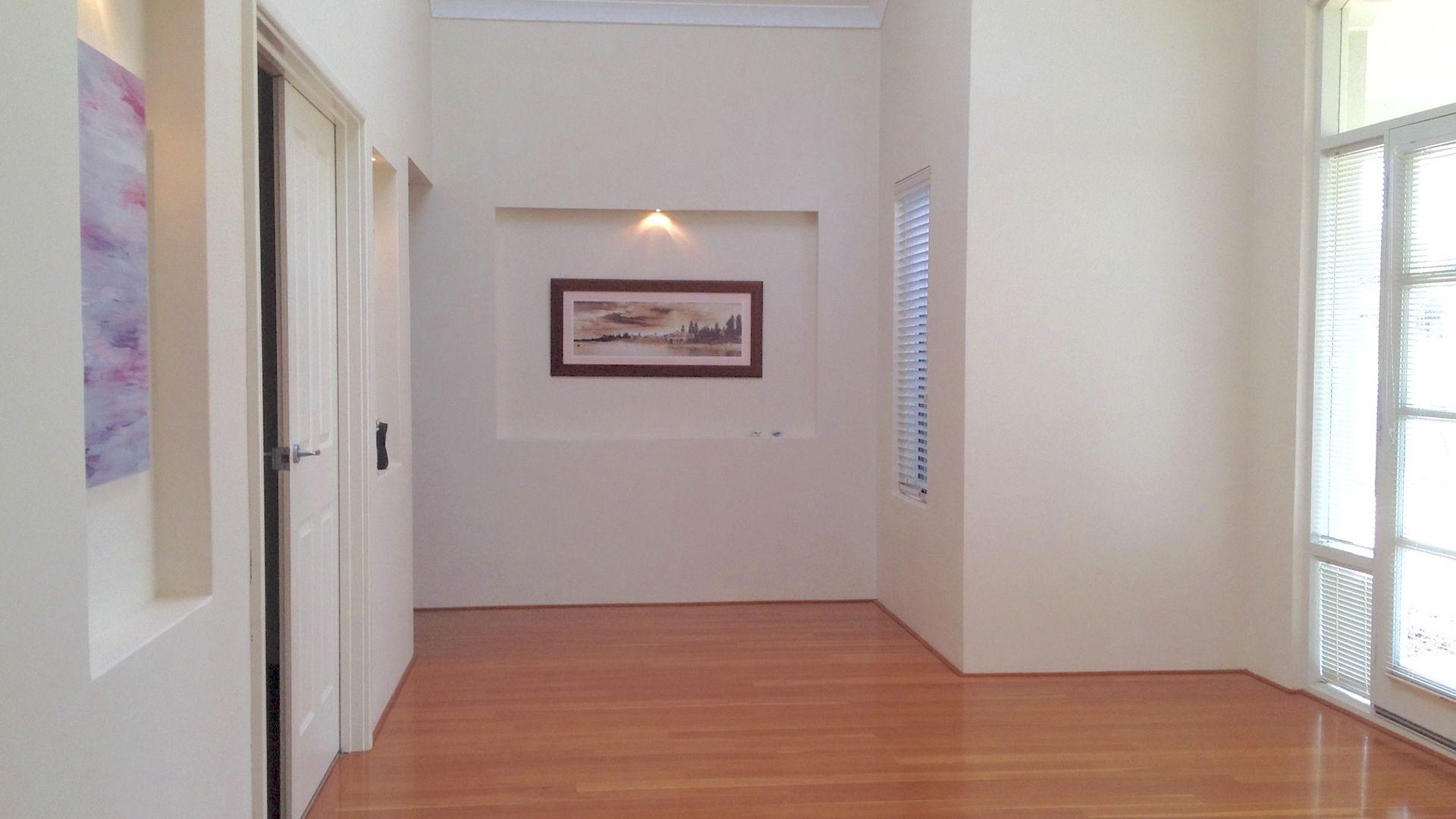 19 Noreena Avenue, Golden Bay WA 6174, Image 2