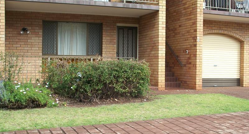 2/256 Geddes Street, Centenary Heights QLD 4350, Image 1