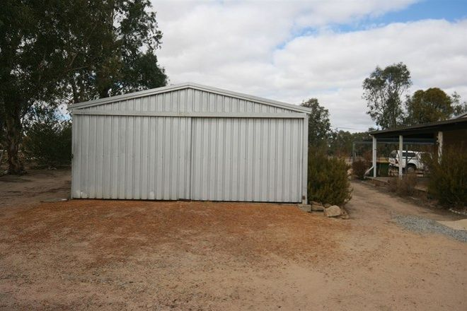 Picture of 35 Vincent Street, BEVERLEY WA 6304