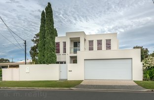 Picture of 12 Wells St, Southport QLD 4215