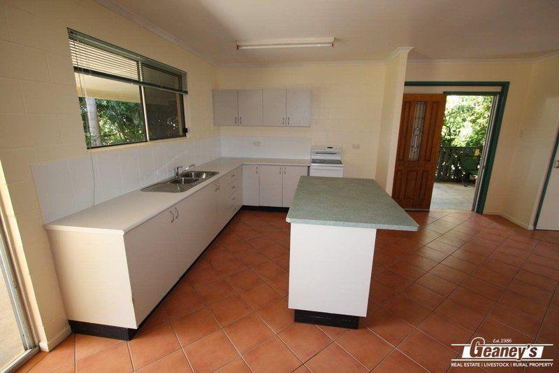 10 Titley Street, Richmond Hill QLD 4820, Image 2
