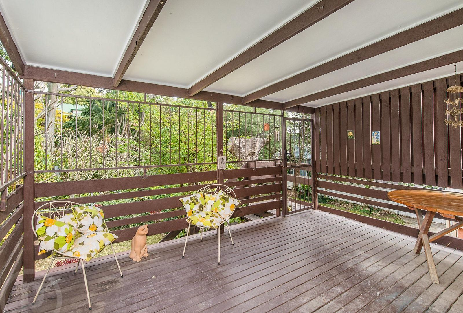 28 Deighton Road, Dutton Park QLD 4102, Image 2