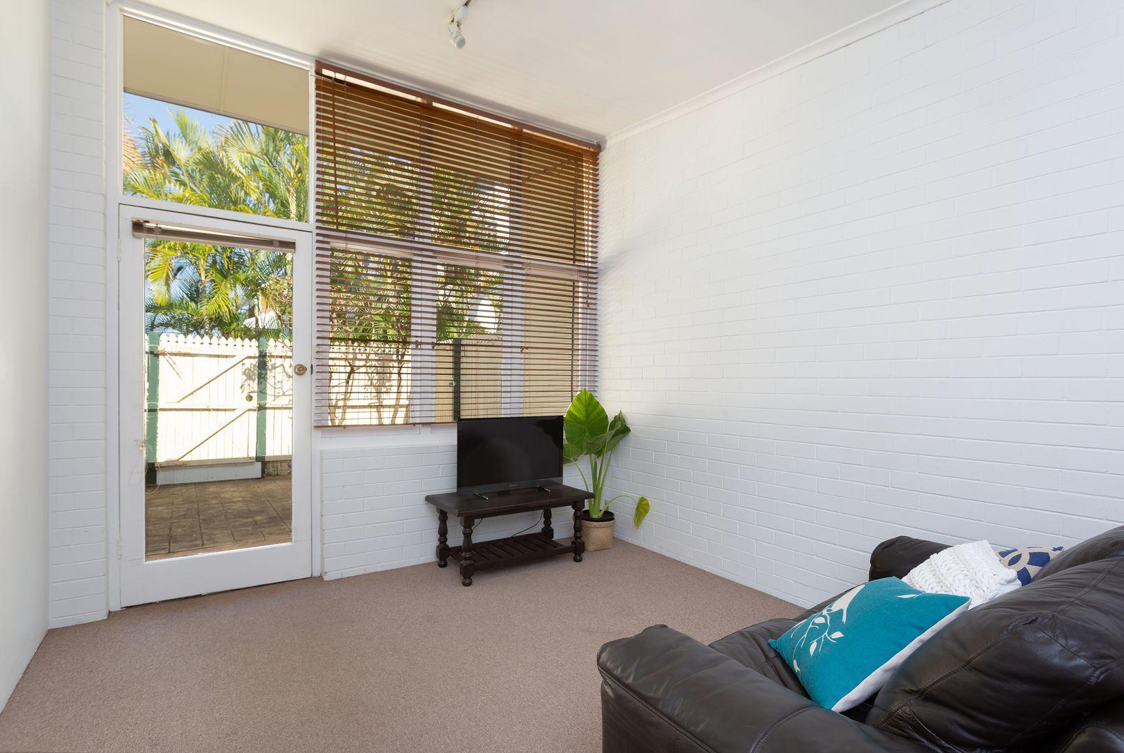 3/76 Alpha Street, Taringa QLD 4068, Image 2
