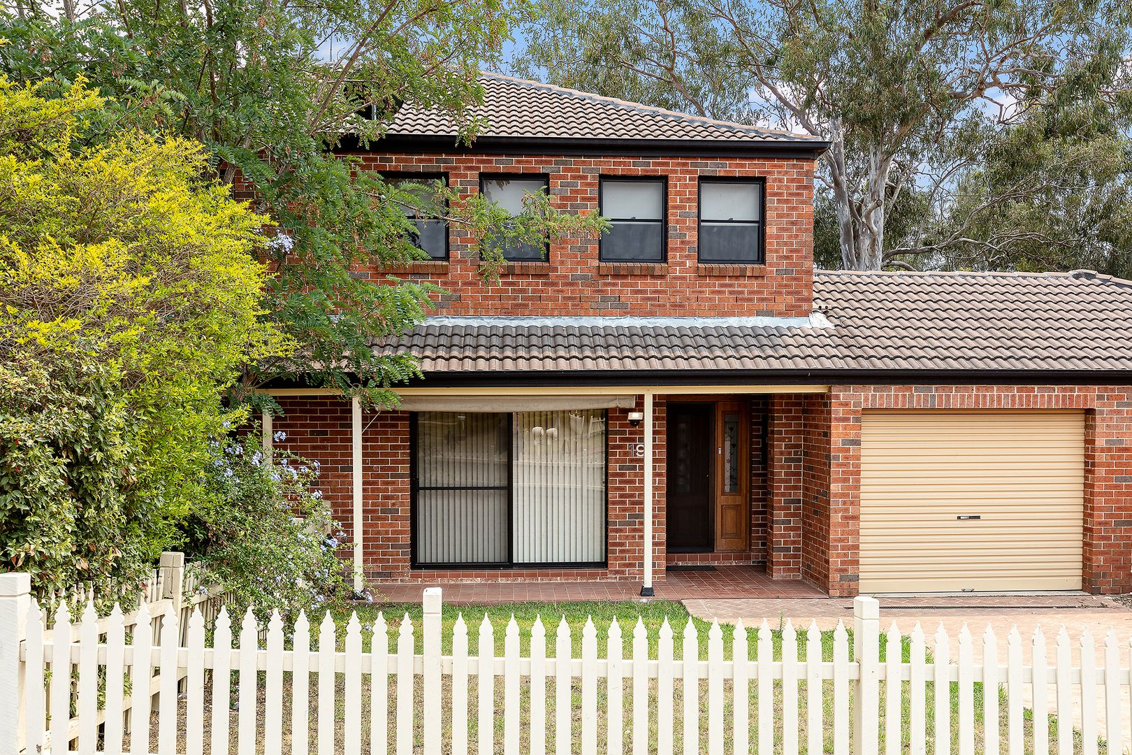 19 Steamer  Place, Currans Hill NSW 2567, Image 0