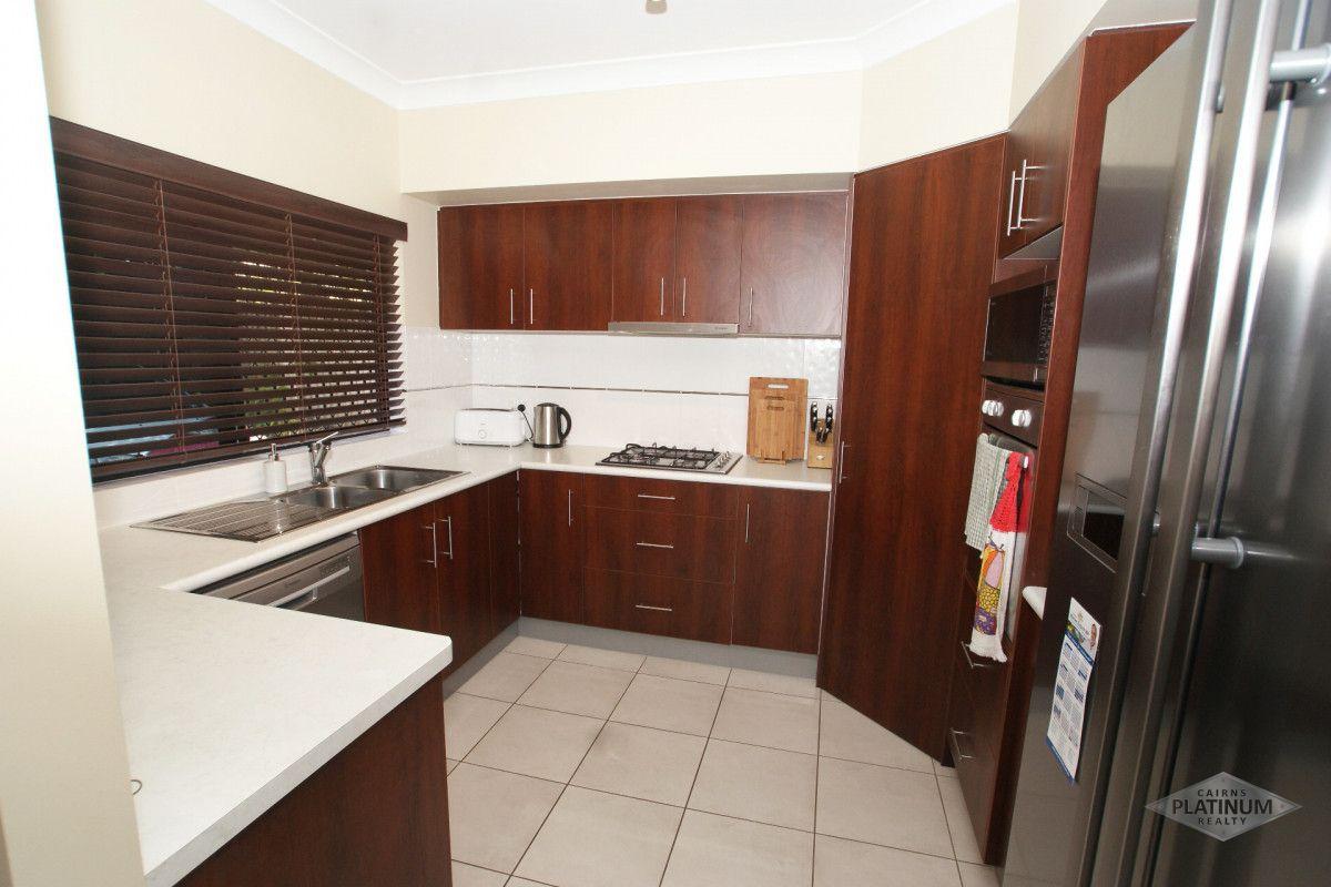 2/30 Lamb Street, Smithfield QLD 4878, Image 1