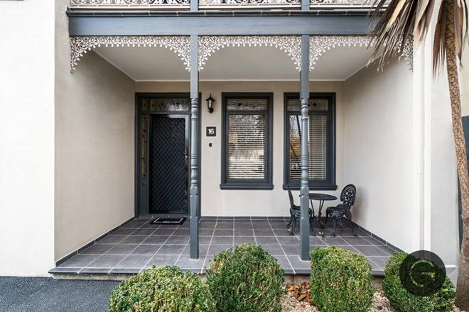 Picture of 16 Breakwater Crescent, POINT COOK VIC 3030