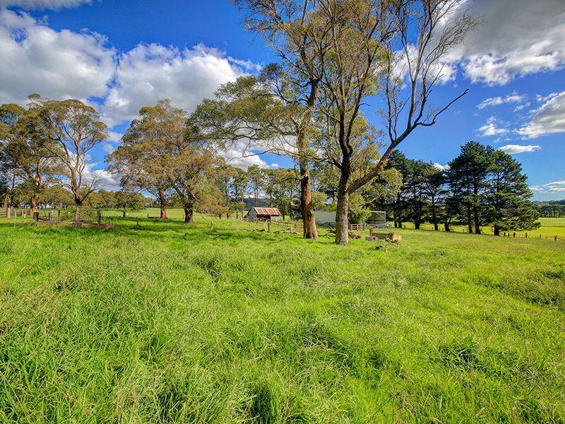 Glenwood Illawarra Highway, Moss Vale NSW 2577, Image 0