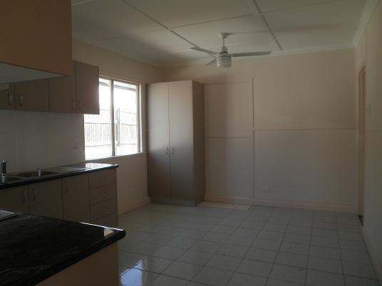 105 Crocus Street, Inala QLD 4077, Image 2