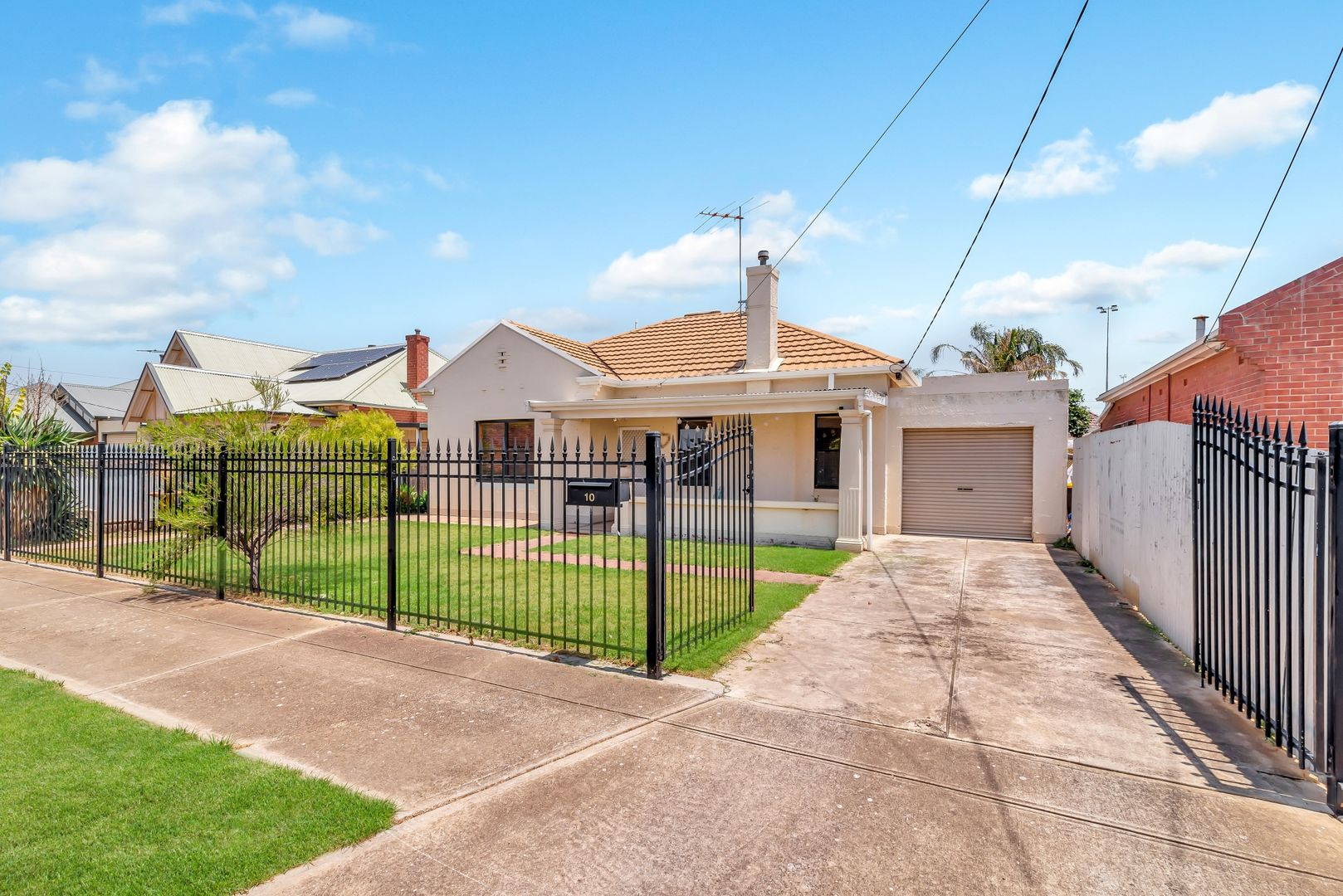 10 Fairweather Avenue, Woodville South SA 5011, Image 1
