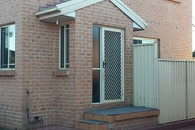 Picture of 2/6 Lyndon Street, FAIRFIELD NSW 2165