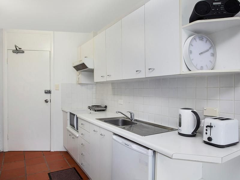 22/15 Seabeach Avenue, Mona Vale NSW 2103, Image 2