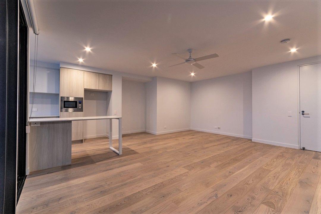 2/21 Canberra Terrace, Kings Beach QLD 4551, Image 1