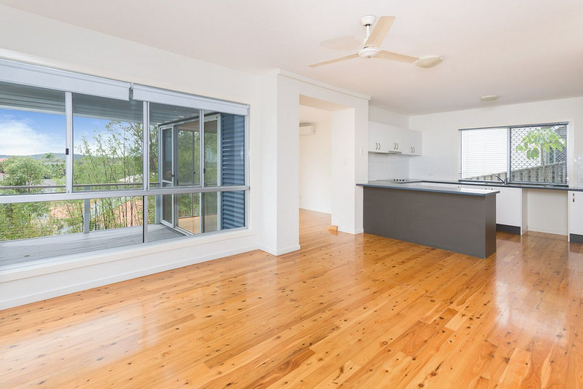 5/16 Honolulu Rise, Pacific Pines QLD 4211, Image 2