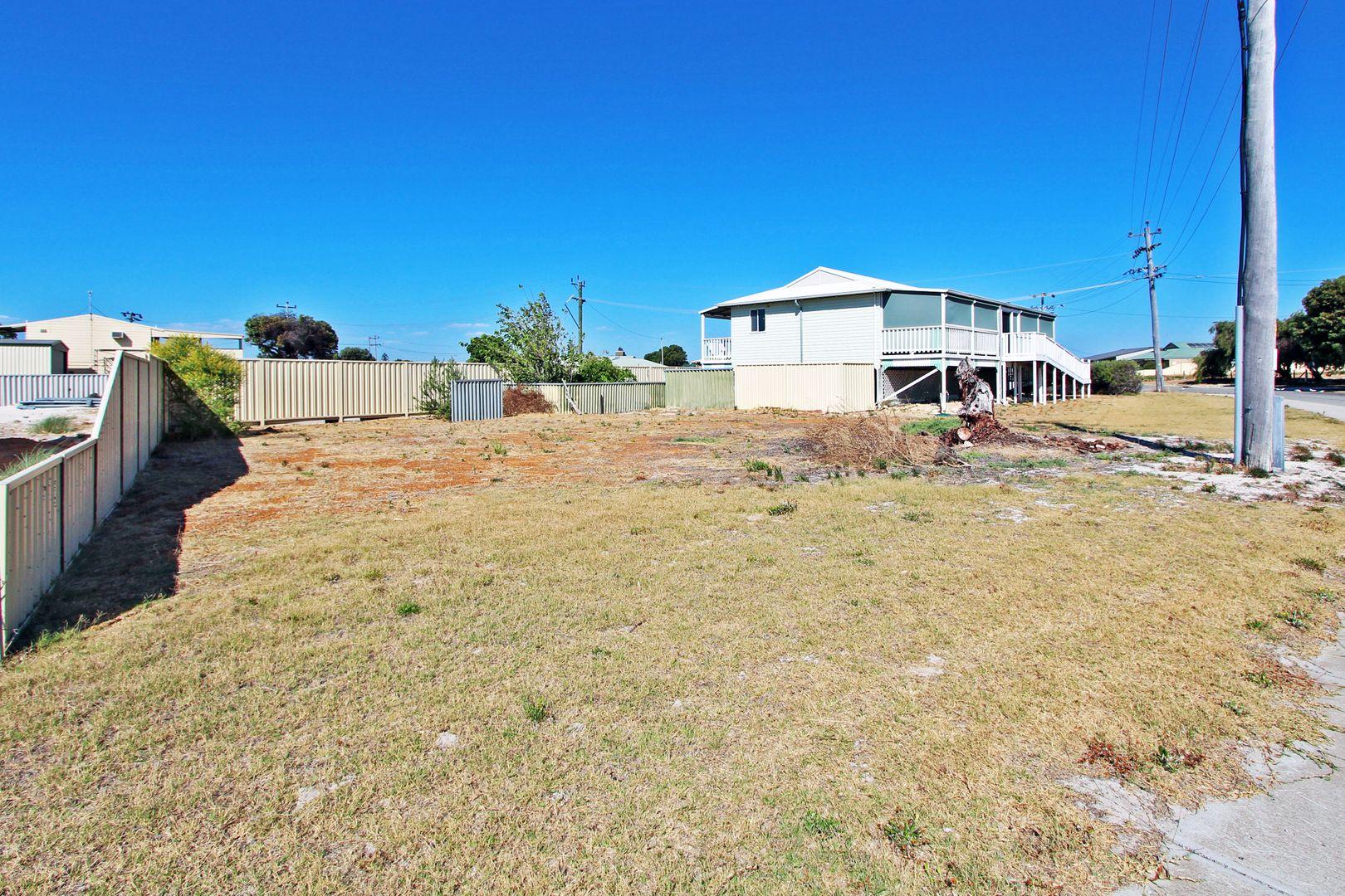 17 Shearwater Drive, Jurien Bay WA 6516, Image 2