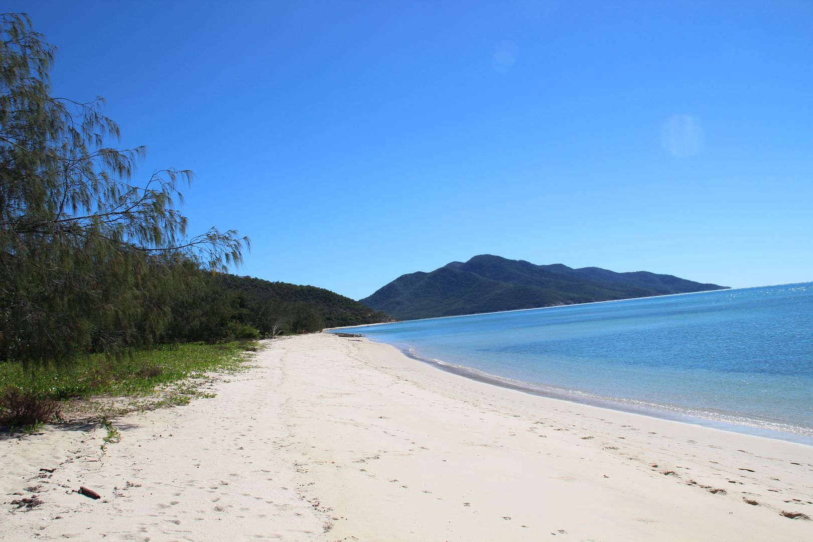 107 Gloucester Ave, Hideaway Bay QLD 4800, Image 0